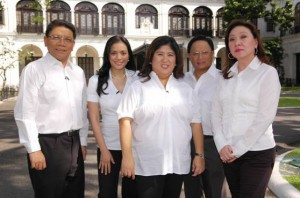 The five pillars of GMA News and Public Affairs: Mike Enriquez, Vicky Morales, Jessica Soho, Arnold Clavio, and Mel Tiangco
